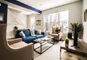 Sonder — Barry Apartments 219