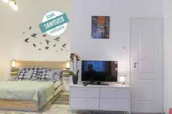 Standard Apartment by Hi5-Liszt Ferenc Square 201