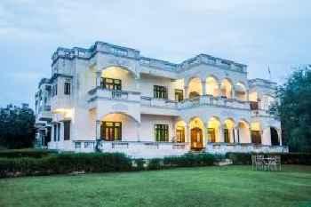 Mayur Villa by Vista Rooms 213