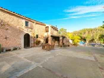 Villa Cas Pomer, pool and garden in Costitx 213