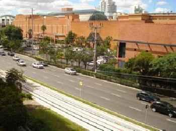 Ótimo Apto Shopping Iguatemi 201