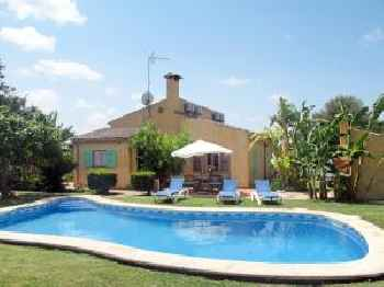 Holiday Home Es Coscolls - PIC300 220
