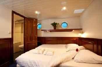 Boat Barkentijn Marjorie 215