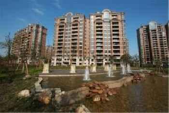 Lanson Place Jin Qiao Residence 219
