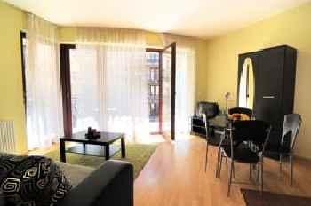 Leda Apartments 201