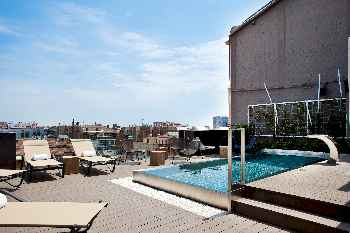 Luxury Apartment with outdoor pool and gym in Principal 2