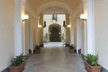 Palazzo Serraino 219