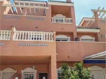 Three-Bedroom Holiday Home in Santa Pola 220