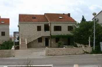 Apartmani Bezmalinović 201