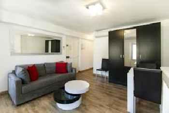 Florella Clemenceau Apartment 201