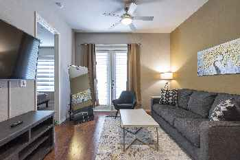 KING BED - LUXURIOUS MED CENTER FULLY EQUIPPED CONDO