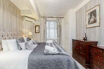 London luxury for 4 nr Harrods & Hyde Park