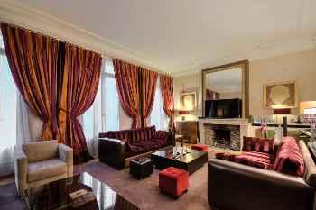 EXQUISITE 5 Bed / 4 (3 En-suite, 1 Half) Baths - HOUSE (Sleeps 8) in PARIS,FR.