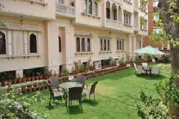 Om Niwas Suite Hotel 219