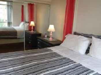 2 Bedroom 1 Bathroom Prime Location in Mississauga 201