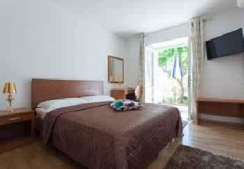 Apartments Zicara 201