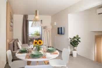 Sundance Apartments & Suites 219