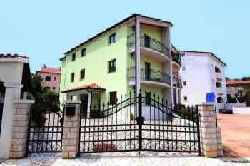 Apartments Villa Mara 201