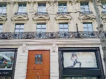 París (Apt. 322068)