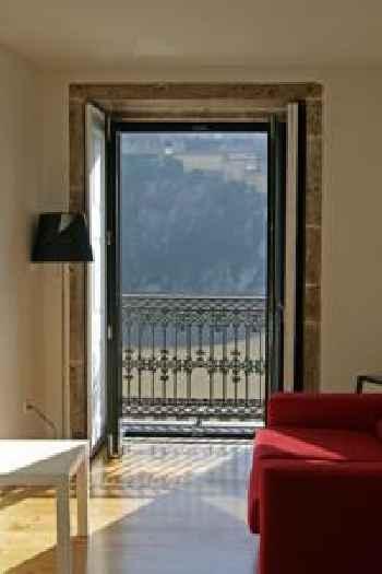RVA - Gustave Eiffel Apartments 201