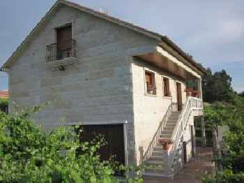 House - 4 Bedrooms - 02628 220