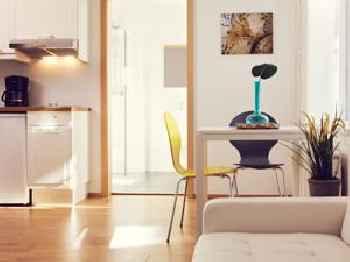 Rey Apartments 219