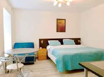 Milne Apartments 201