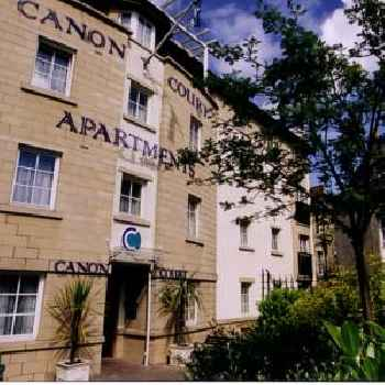 Canon Court ApartHotel 219