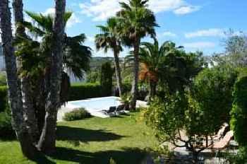 Villa Cerezos