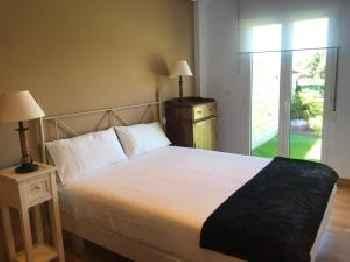 apartamento con jardín privado y barbacoa a 5 min playas santander 201