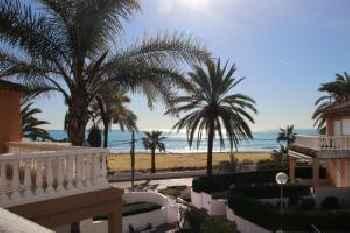 Casa de Playa en Urbanización de Lujo en Valencia 220
