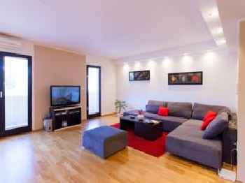 Urban Premium Apartments 201