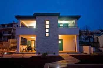 Rooms and Apartments Villa Dama 201