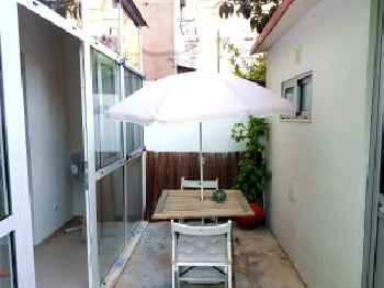 Apartment with 2 bedrooms in Almada with furnished terrace and WiFi 11 km from the beach 201