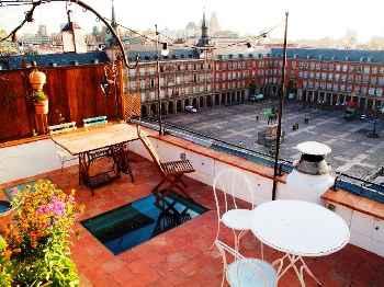 Madrid - Plaza Mayor (Apt. 402528)