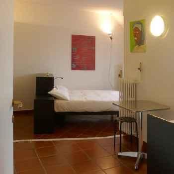 Milán (Apt. 408636)