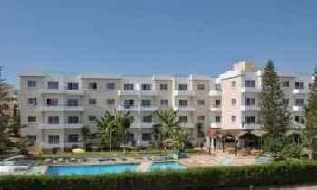 DebbieXenia Hotel Apartments 219
