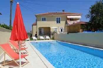 Apartments Villa Ela 201