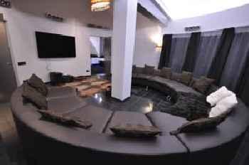 Apartment Grecheskie 201