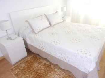 Apartment with 2 bedrooms in Almada with enclosed garden and WiFi 8 km from the beach 201
