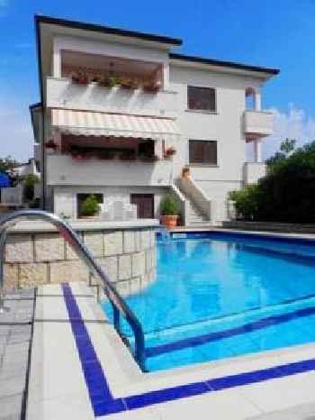 Apartments Villa Mirjam 201