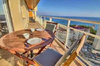 Carvajal seafront penthouse 201