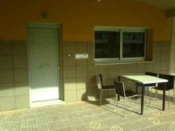 Livingirona Apartments 201