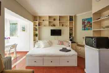 Adorable and Comfortable Studio with free parking 201