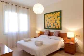 AinB Diagonal Francesc Macià Apartments 201