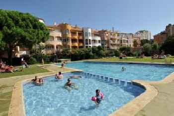 Charming Apartment in Empuriabrava with Swimming Pool 201