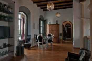 Darcilla Guest House 201