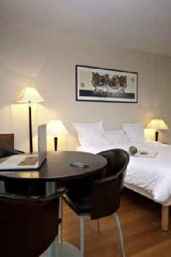 Aparthotel Adagio Access Paris Tour Eiffel St Charles 219
