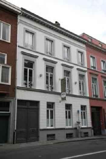 modern ruim 1 slaapkamer appartement 201