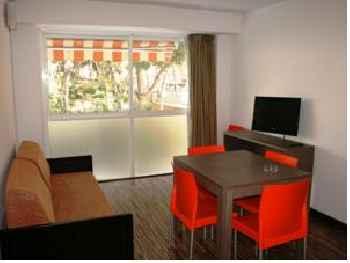 Park Suites Salou 201